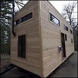 Minijaturna kuća na kotačima