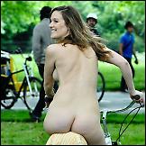 Gole na biciklu