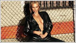 Charlize Theron u W magazinu
