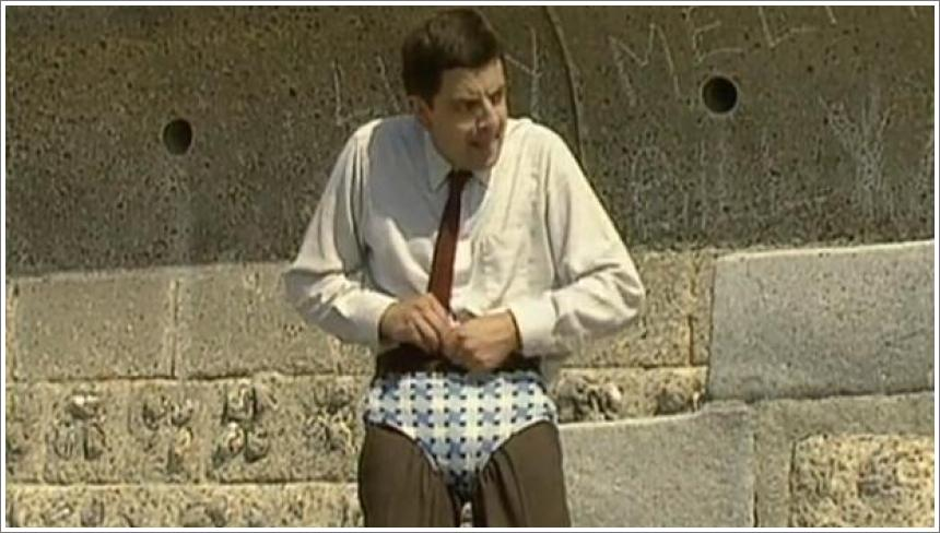 Mr Bean - Changing into Trunks