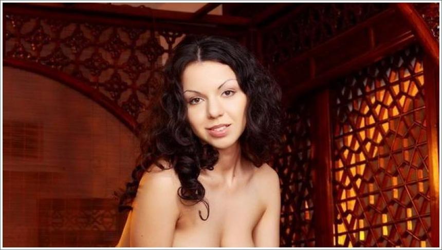 Seksi slike lijepe Aurore