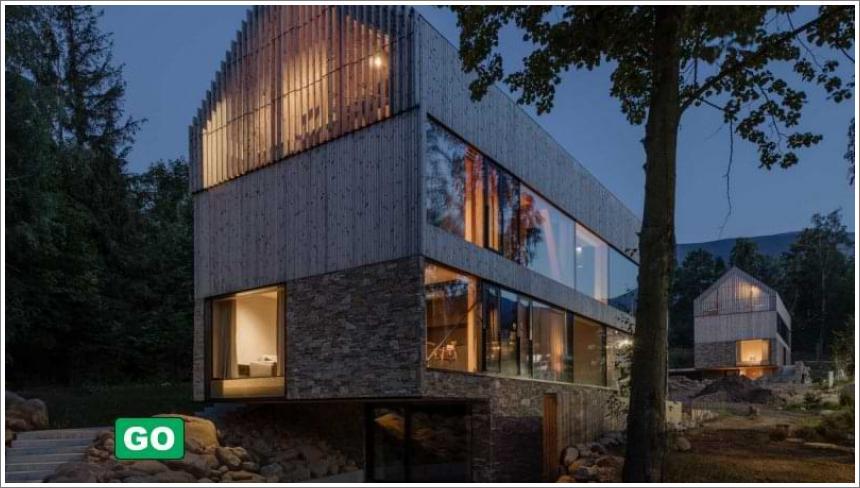 Kuće blizanke od drveta, stakla i kamena