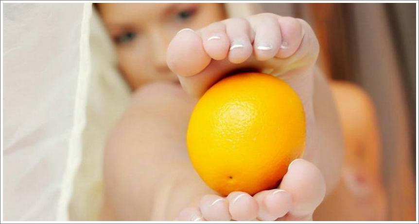 Narandža, jabuka, grožđe