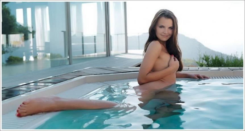 Osvježenje na bazenu
