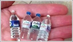 Prodajem mini flaše vode...